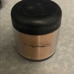 Mac Blondes Gold pigment